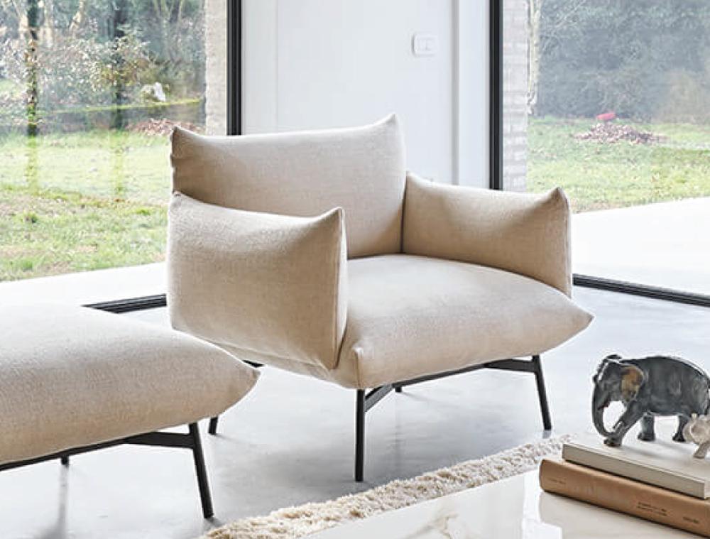 MIDJ Main Lounge Chair 03